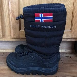 Helly Hansen insulated size 7 winter boots EUC